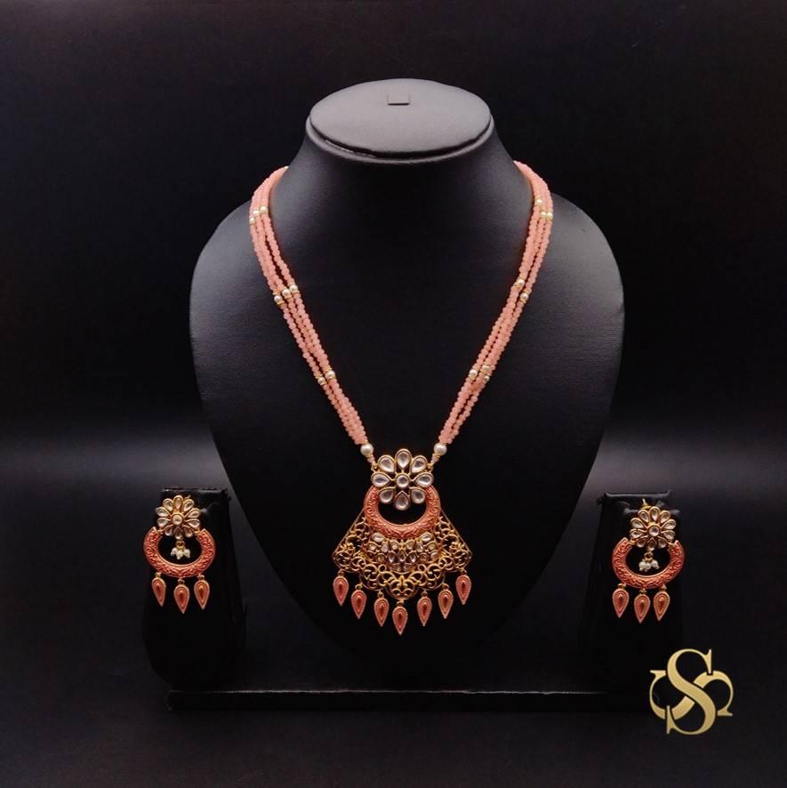 Buy-Kundan-Pendant-Set-Online-India
